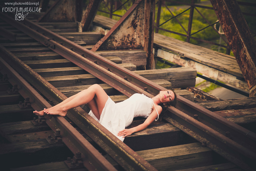 Tajemniczy, zardzewiały most