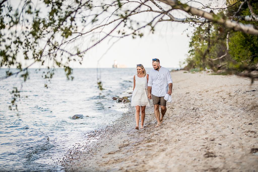 spacer nad morzem sesja dla zakochanych w Trójmieście