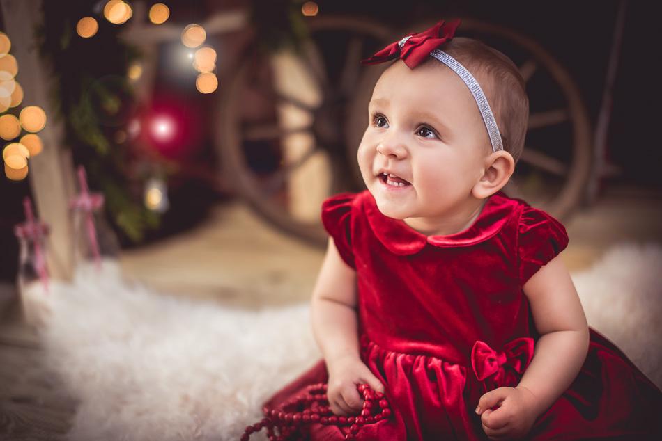 dziecko się śmieje sesja mini na święta