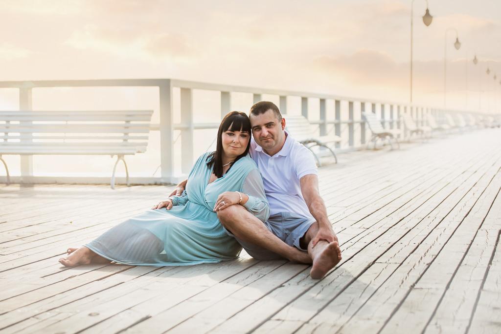 zdjęcie żony z mężem na wakacjach nad morzem w Gdyni