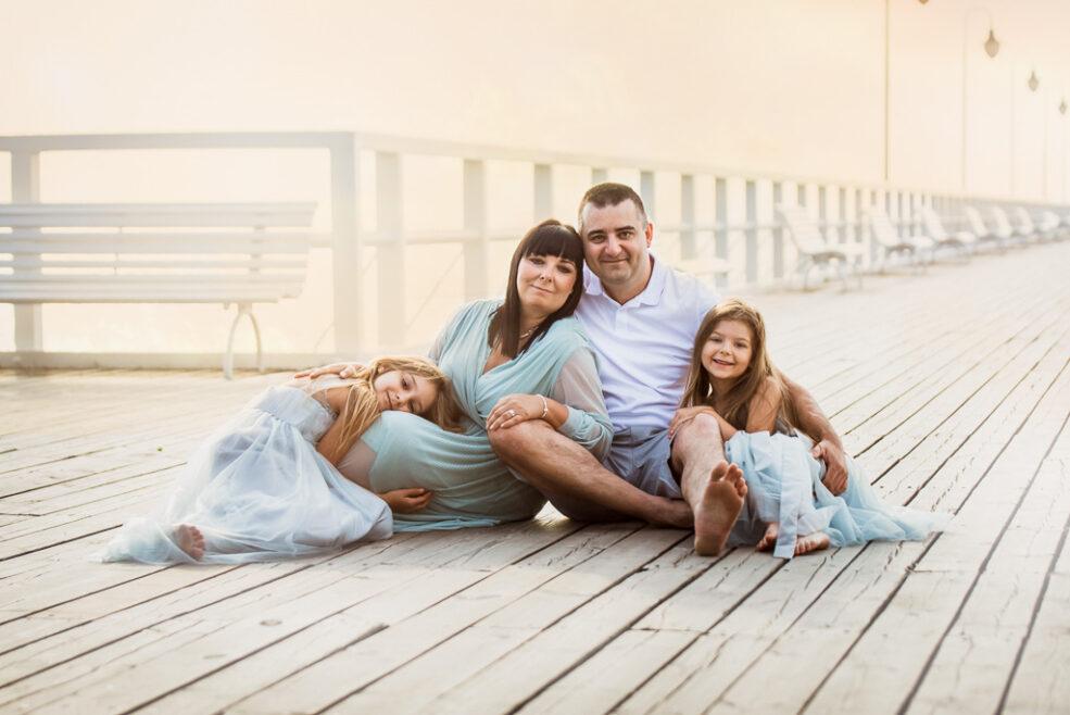 Sesja rodzinna na molo w Gdyni Orłowie