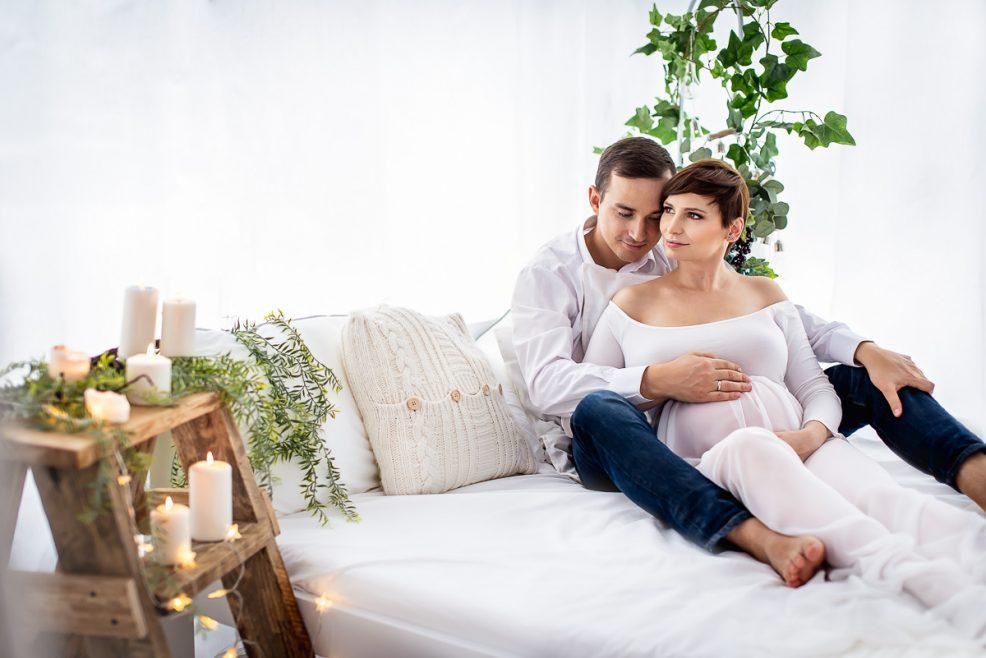 Sesja ciążowa studyjna_studio fotograficzne Trójmiasto