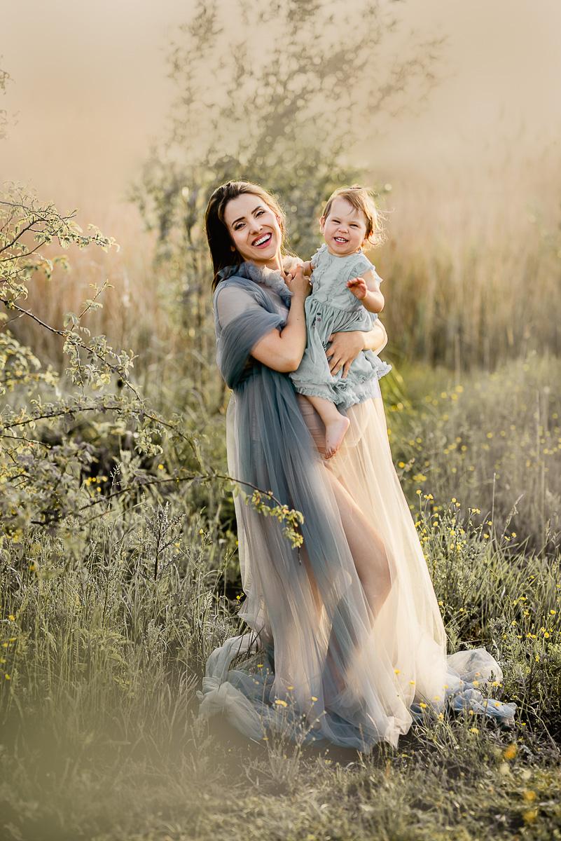 mama z córką zdjecia ciążowe w Trójmieście
