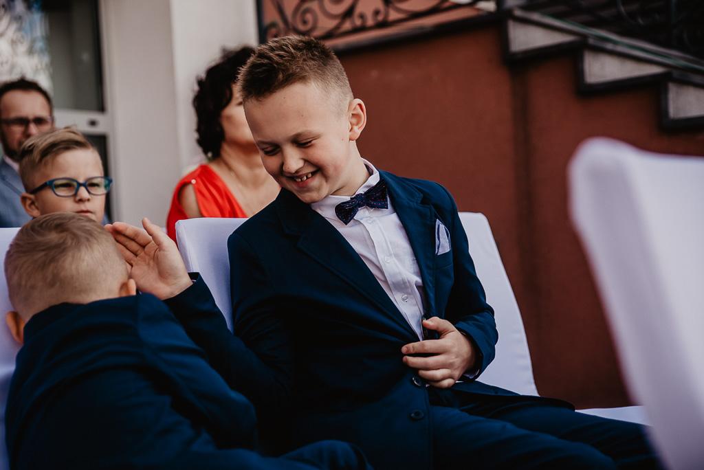 dzieci na ślubie cywilnym