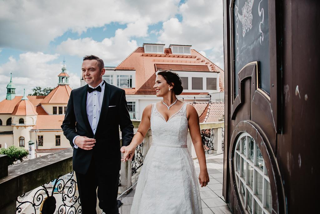spotkanie narzeczonych tuż przed ślubem hotel sheraton Sopot fotograf na ślub