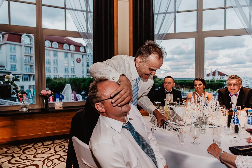 zabawy gości na weselu Trójmiasto fotograf