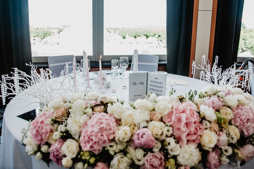 ozdoby na stół pary młodej wesele