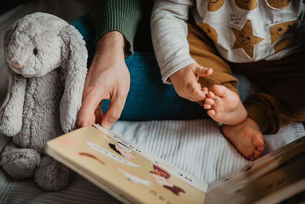 wspólne czytanie bajek z dzieckiem